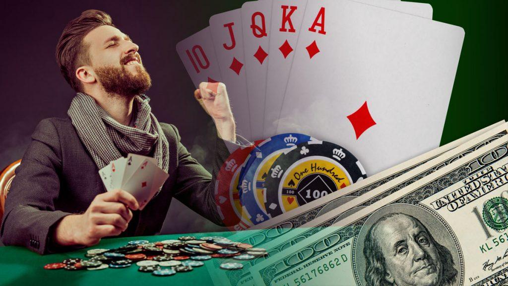 Mann, der Poker spielt