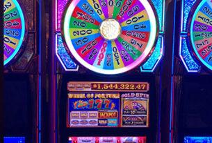 Glücksrad, Powerbucks-Slots zahlen sich groß aus – Casino Player Magazine    Strictly Slots Magazine